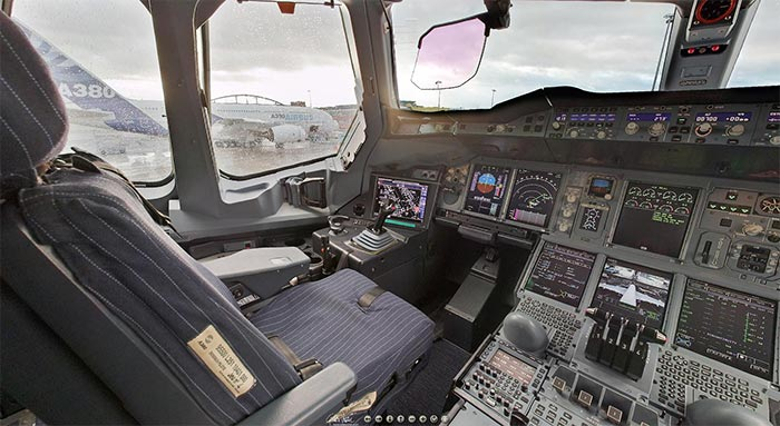 amazing virtual reality tour of the flight deck of an Airbus 380